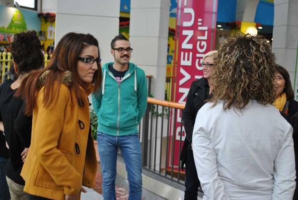 Attività di gruppo formazione venditori al Centro Commerciale I Gigli